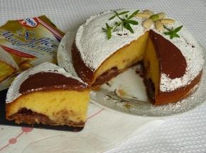 Torta margherita con crema al cacao e mandorle