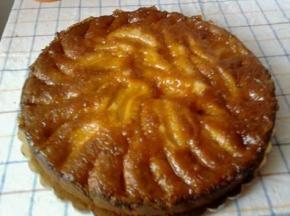torta di mele con marmellata di pesche e amaretto di saronno