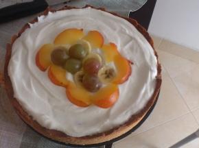 Crostata alla frutta con yogurt