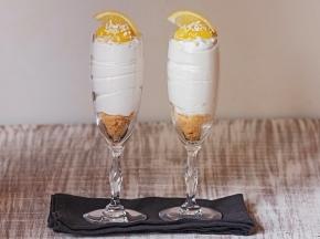 Flûte di torta al limone e cioccolato bianco