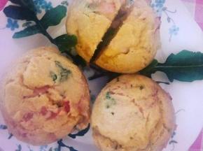 Muffin salati prosciutto cotto  e spinaci freschi