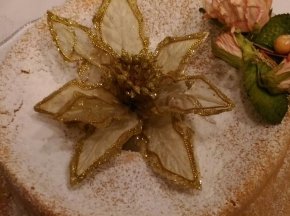 Chiffon cake al limone con essenza di vaniglia