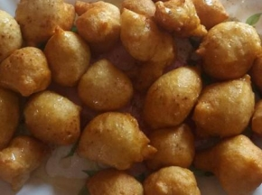 Frittelline dolci greche