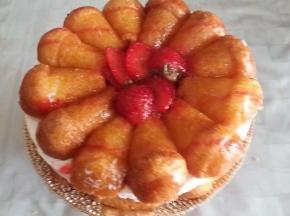 torta  babà dolceneve e fragole