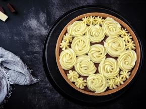 Crostata swirl rose al triplo cioccolato