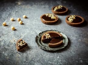Crostatine al cioccolato con frolla all'olio