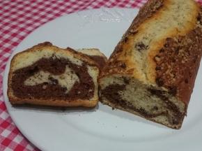 Plumcake variegato cioccolato e nocciole