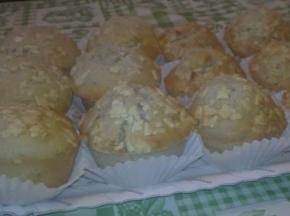 Muffin al cioccolato bianco e frutti di bosco