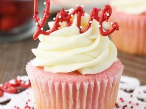 romantic rose cupcake