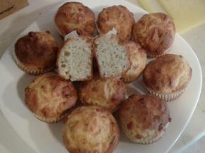 Muffin provola affumicata e d erbette fresche