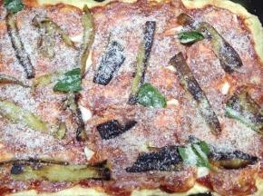 Pizza alla parmigiana di melanzane!