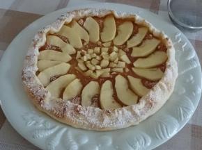 Crostata di pasta sfoglia con le mele (facilissima)