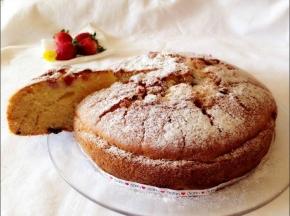 Torta Paradiso fragole e gocce di cioccolato [Senza lattosio]