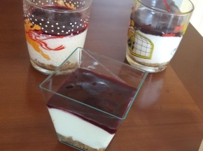 Cheesecake nel bicchiere