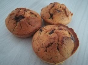 Muffin con zucchero di canna e cioccolato