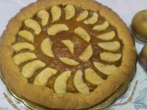 Crostata con marmellata di fichi e mele