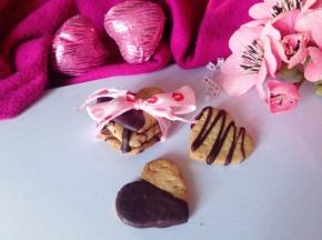 Dolci cuori al cioccolato fondente