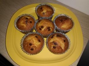 Muffin decorati con gocce di cioccolato