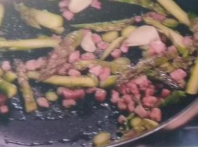 Asparagi e pancetta