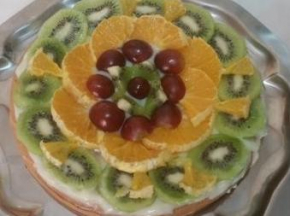 Crostata di arance, kiwi, uva e crema pasticcera