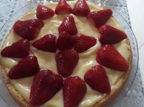 Crostata di crema e fragole