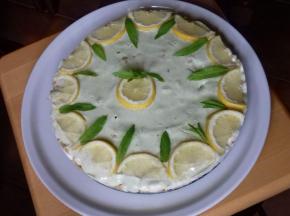 """Festa della mamma:  """"crostata cheesecake"""" limone e menta"""