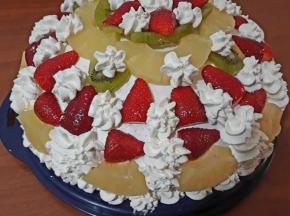 Cupola panna e frutta