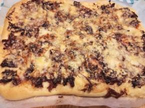 Pizza radicchio e formaggio