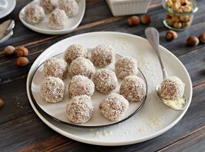 Tartufini Ciobar con cocco e nocciole