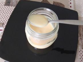 Latte condensato fatto in casa della dolcina Topino14