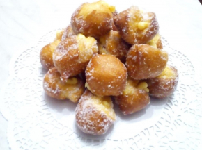 Castagnole alla crema d'arancia