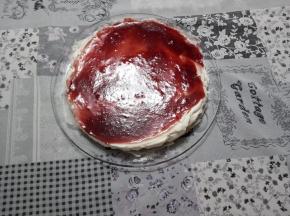 Cheesecake con marmellata di fragole