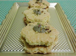Dolcetti di biscotti mandorla e pistacchio