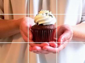 Cupcake al cioccolato e frosting alla panna