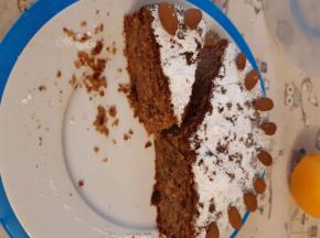 Torta mele cacao e mandorle