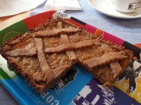 Crostata con farina di castagne