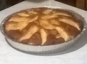 Torta di mele con confettura di albicocche