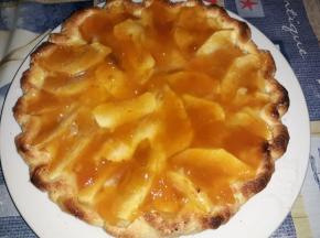 Crostatina morbida alle mele con crema all'arancia e Marmellata albicocca