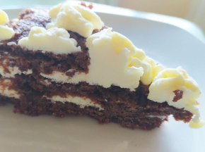 Crostata al cacao con crema di formaggi