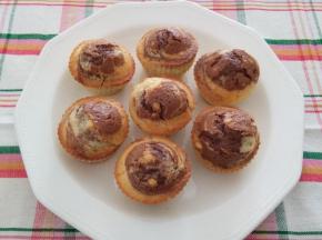 Muffins variegati al cacao