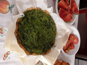 Torta rustica con spinaci, ricotta e olive