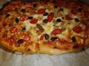 Pizza Piccadilly e olive taggiasche