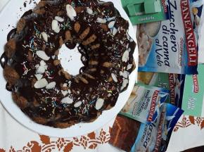 Ciambellone allo yogurt con glassa al cacao