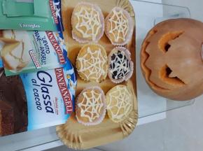 Sfida Culinaria Halloween 2020 Dolca VS salato dolcetti ragnatela della Blogger Valentina