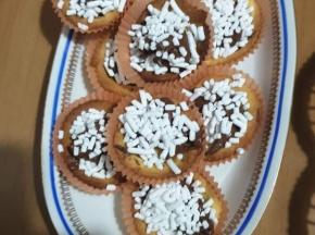 Crostatine con granella di zucchero