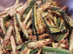 Stick croccanti di zucchine in friggitrice ad aria