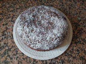 Torta alla farina di castagne e gocce di cioccolato