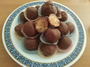 Tartufi marmellata e cioccolato agli albumi