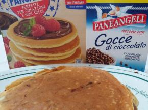 Pancake mela e gocce di cioccolato