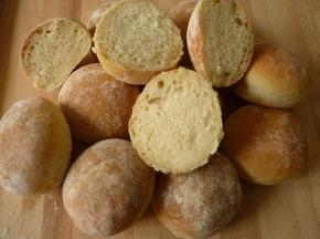 Panini con farina di semola rimacinata a lunga lievitazione